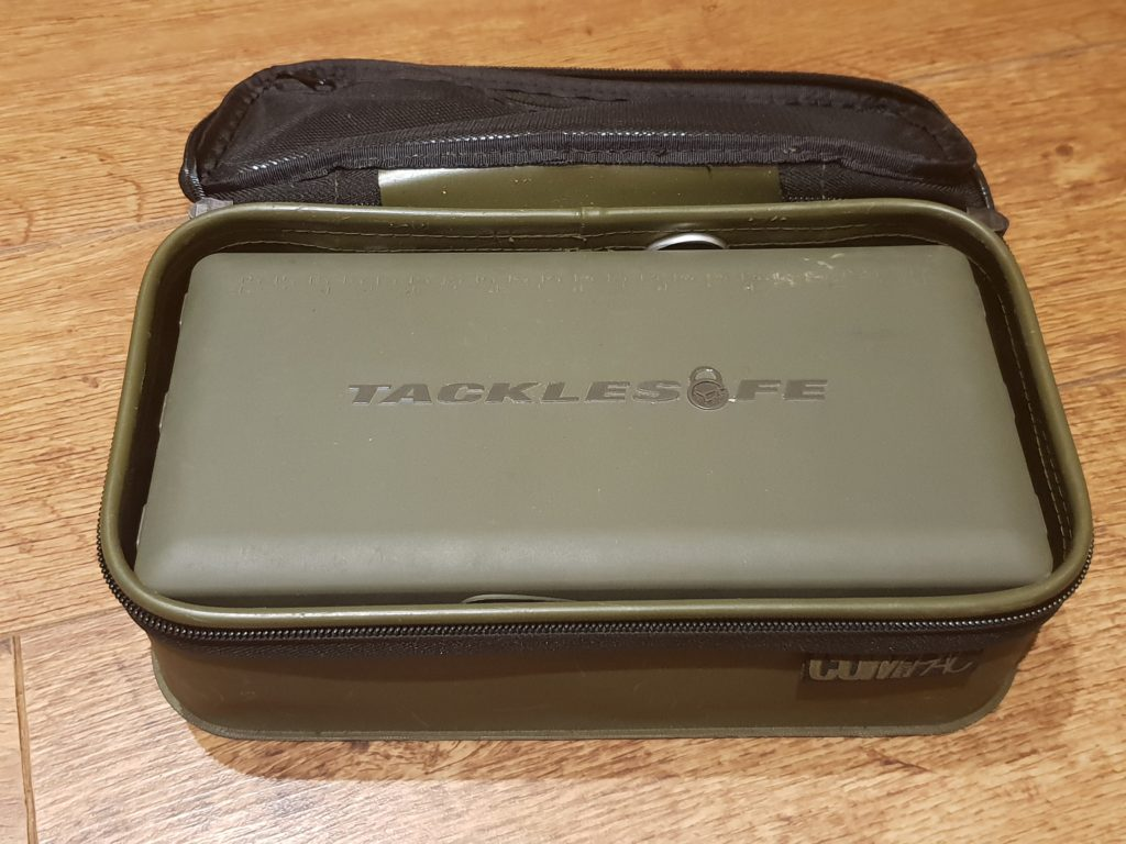 Tackle safe and Compact 140